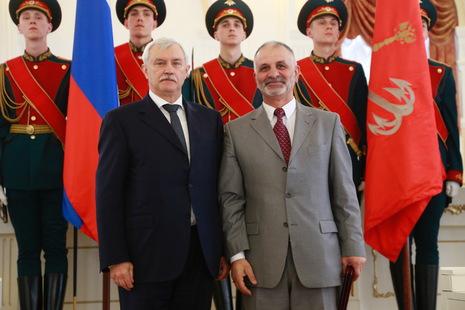 Заслуженный работник физической культуры и спорта России работает в Выборгском районе
