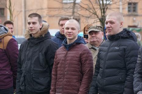 Весенний призыв продолжается: 18 новобранцев отправлены в армию