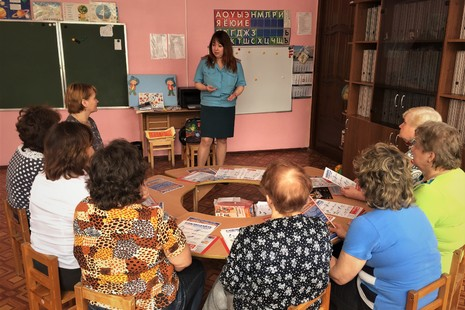 Пожарные Выборгского района провели занятия в детских садах